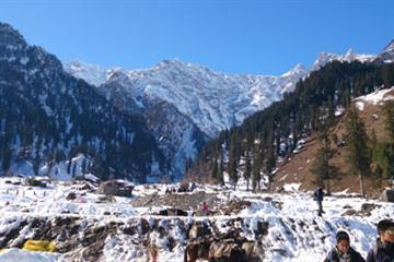 Sparkle Of Manali By Volvo