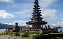 Breezy Indonesia Getaway Holiday Package (3N/4D)